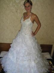 Продам очень красивое свадебное платье;  размер 46-48